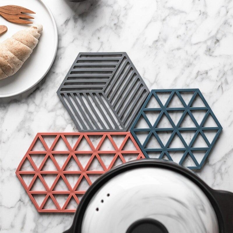Nuevo tapete de silicona resistente al calor posavasos taza de bebida no-maceta deslizante titular Mesa lugar tapete accesorios de cocina Envío Directo