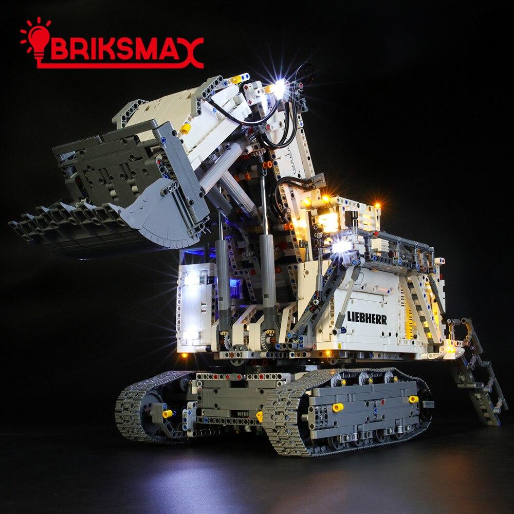 Комплекты светодиодсветильник BriksMax для экскаватора 42100 либхер R 9800