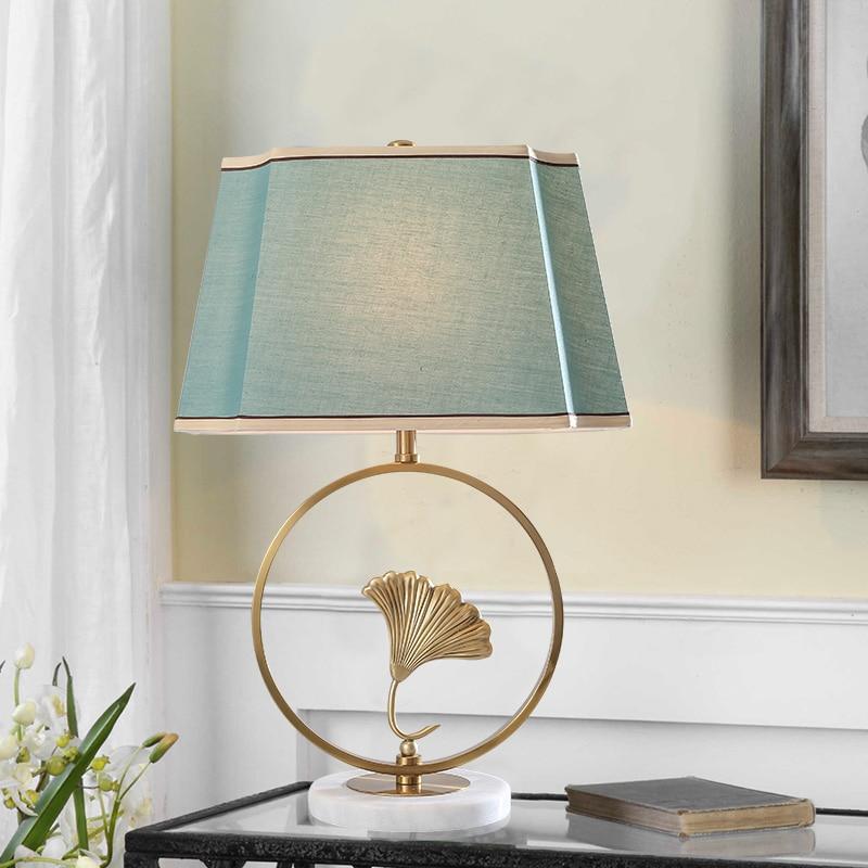 Lámpara de mesa de mármol blanco nórdico lámpara de mesa de Metal dorado con forma de hoja para sala de estar