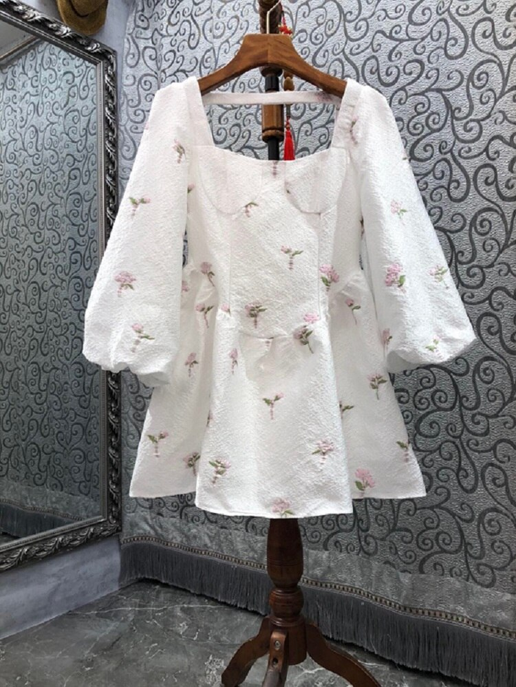 High Quality New Celebrity Style Dress 2021 Autumn Women Square Collar Pink Floral Embroidery Lantern Sleeve White Gown Dress