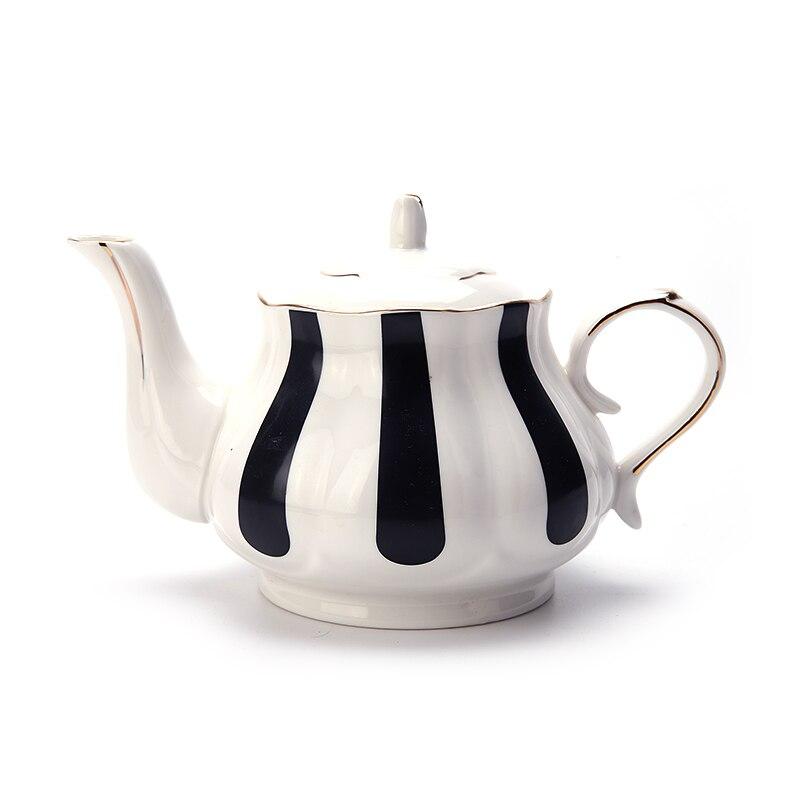 طقم شاي بعد الظهر الأوروبي إبريق الشاي العظام الصين أبيض وأسود موجة نقطة الرجعية رسمت باليد إبريق قهوة الإبداعية غلاية بسيطة أكواب