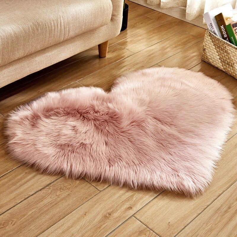 سجادة لغرفة المعيشة على شكل قلب قطيفة ، سجادة أرضية أشعث لغرفة النوم ، منطقة قطيفة ، بطانية طاولة القهوة ، ديكور قابل للغسل
