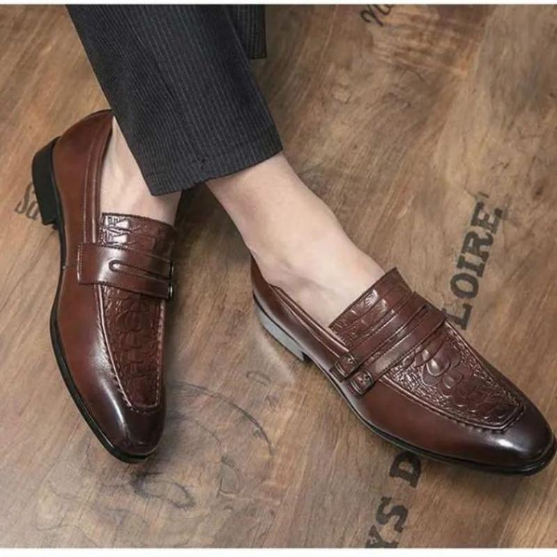 2021 الخريف جديد جلد بو للرجال موضة تنقش مسطحة القاع أحذية لوفر أشار جنتلمان النمط البريطاني الساخن أحذية رجالي AE006