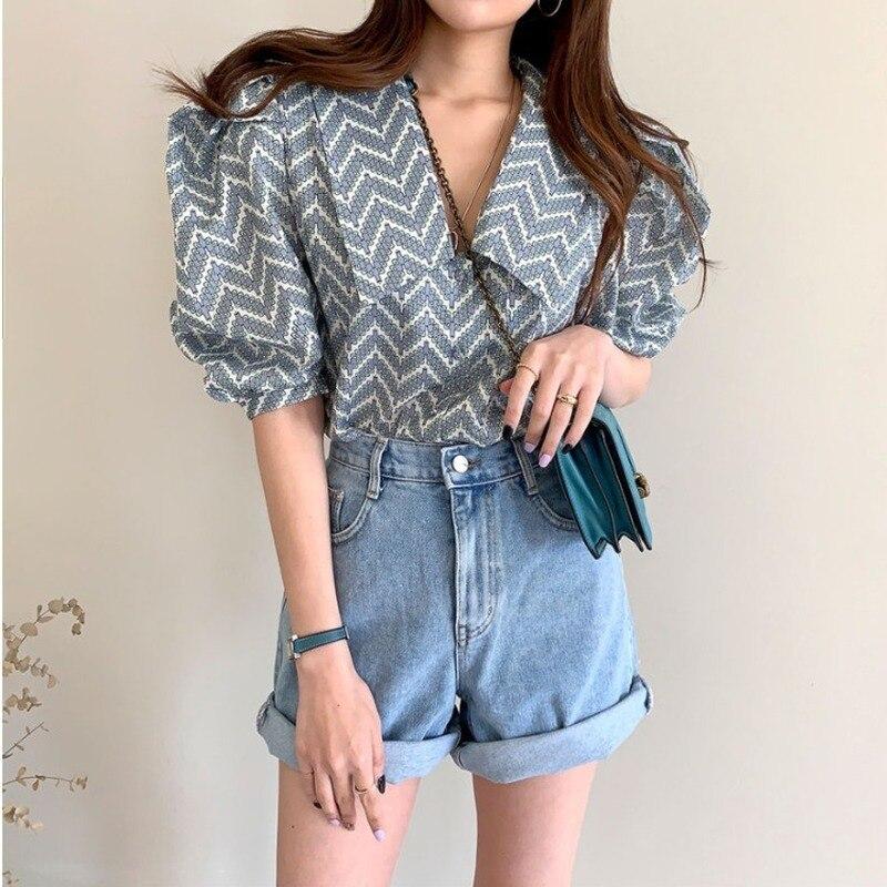 Fashion Casual Striped Printed Ladies Tops Sweet Half Sleeve Blouse 2020 New Summer Harajuku Bubble Sleeve Women Chiffon Shirt