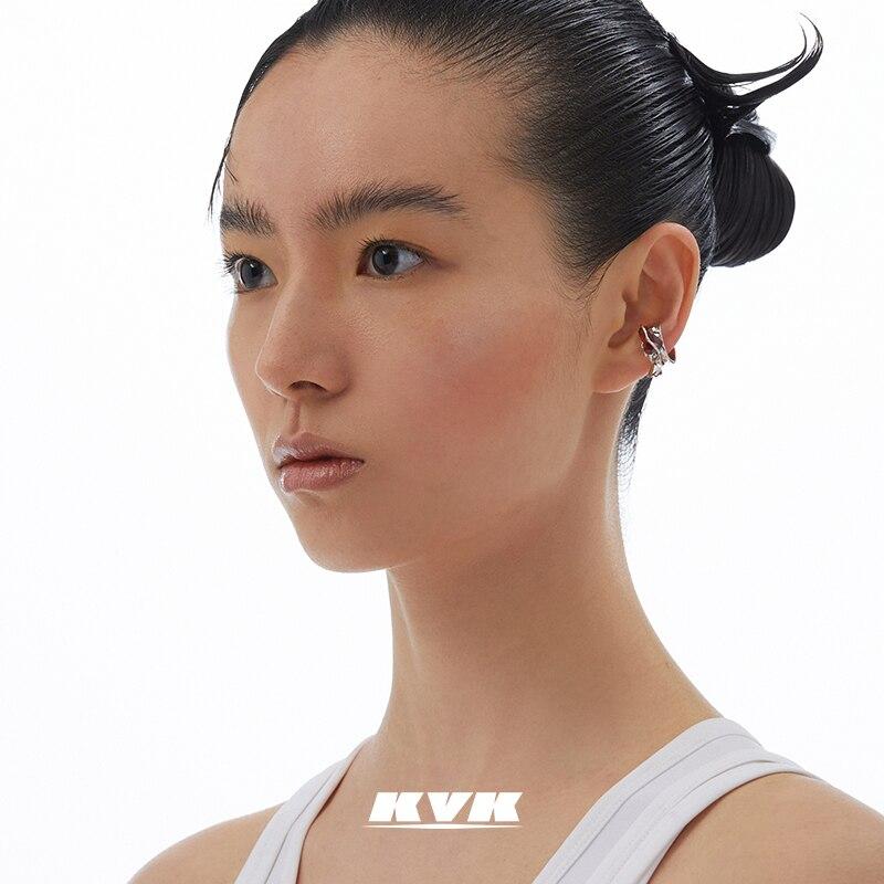 KVK الخوخ زهر الأقراط الكريستال الإناث الصيف قرط كبس لا ثقب الأذن المتخصصة تصميم ضوء الأقراط الفاخرة موضة جديدة في عام 2021