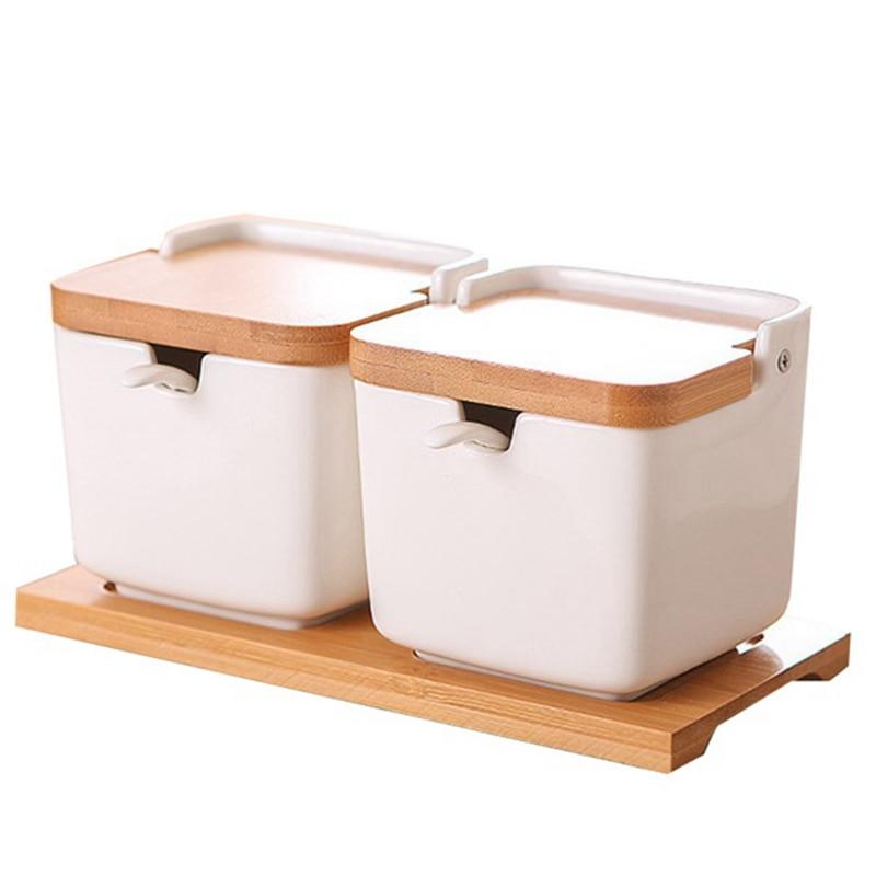 مربع التوابل السيراميك المنزلية يمكن ثلاثة قطعة الإبداعية اليابانية نمط الوجه التوابل يمكن مع ملعقة علبة خشبية