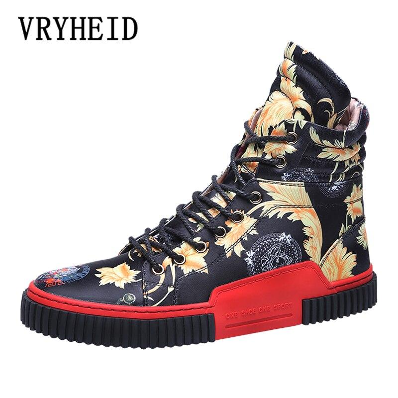 VRYHEID جديد الحرير قماش عالية أعلى حذاء رجالي موضة تنفس أحذية رياضية كاجوال Zapatillas شخصية الشارع نمط الرجال الأحذية 46