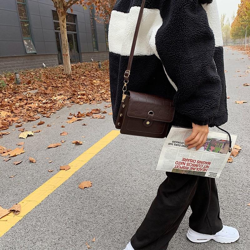 bolsa bolsas bolsa feminina bolsa de couro bolsa feminina pequena bolsa trasnversal couro  bolsa feminina grande bolsa tira colo bolsa tira colo feminina bolsa feminina transversal bolsa sacola  bolsa carteira  kit bolsa feminina bolsa feminina de couro bolsa feminina média bolsa feminina media bolsa feminina promoção bag mini bag bolsa feminina santa lolla