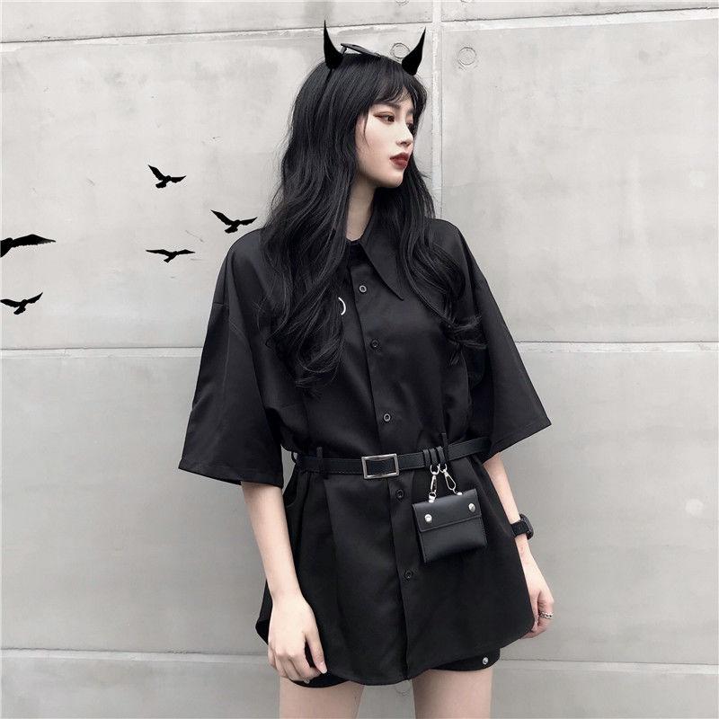 Mujer verano gótico Corea estilo anillo oscuro cinturón bolsa manga corta Camisa larga femenina Casual fresco suelto Oversize camisa negra tela