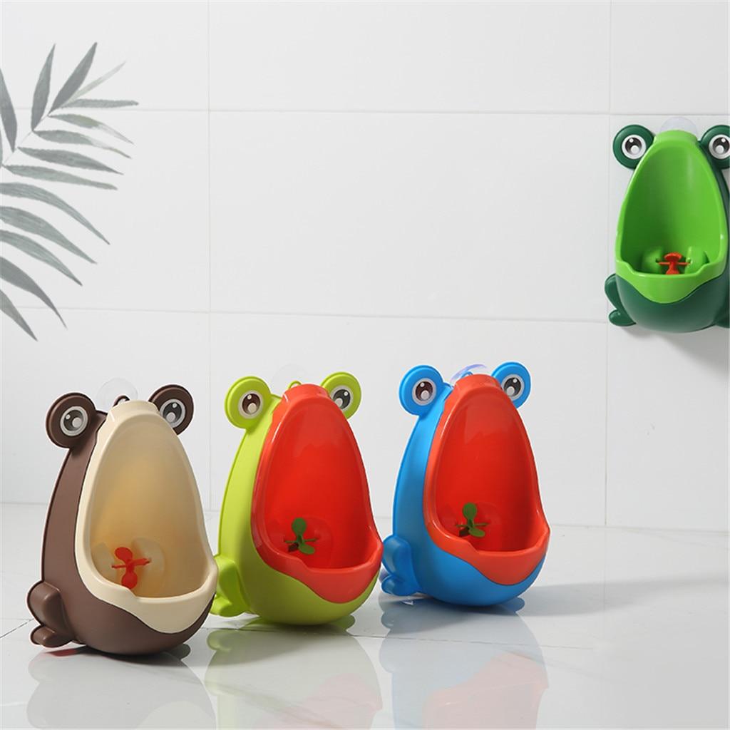 Urinario Vertical de 3 colores para bebé con forma de rana para montar en la pared, práctico orinal de pie con Animal bonito para niño, inodoro de pie, regalo de Navidad para niño
