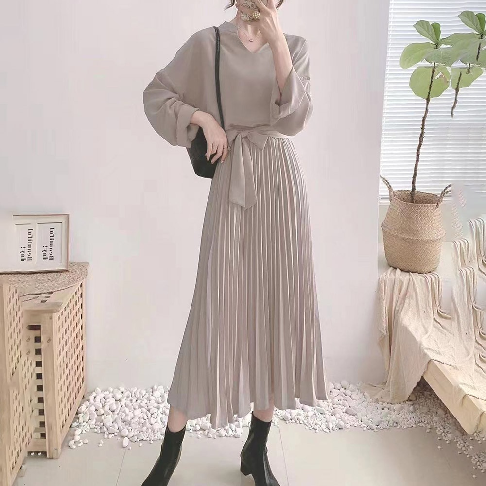 Korean Fashion Womens Two-piece Suit Solid Color V-neck Long Sleeve High Waist Pleated Lacing Temperament Casual Women Outfit