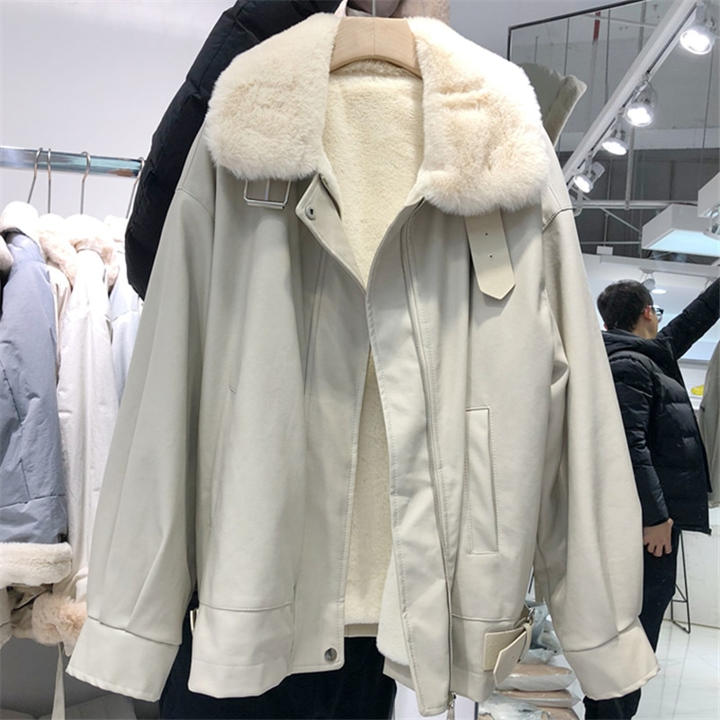 Winter Warm Plus velvet Thickening Fashion Women Leather Jacket Large size Loose High quality Lamb Wool Women Jacket JK261 enlarge