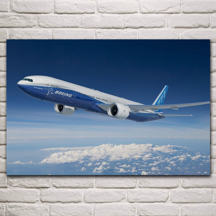 Boeing 777 300er avión de pasajeros Avión de avión en el cielo sala de estar hogar Arte de la pared Decoración marco de madera y tela carteles KN212