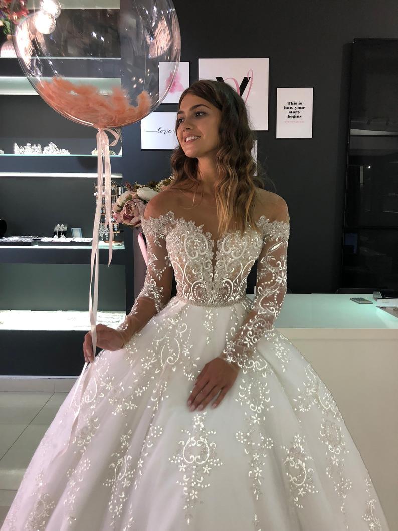 2020 New O Neck A Line Wedding Dresses Princess Wedding Gowns Bride Crystal Beading  Custom Make Plus Size Wedding Dresses
