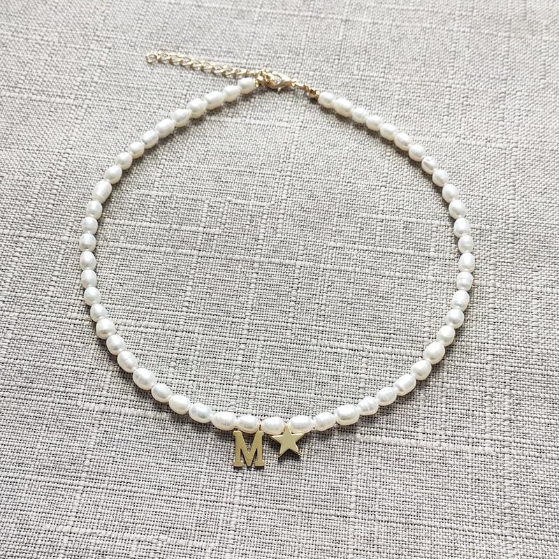 Модное-простое-ожерелье-из-натурального-пресноводного-жемчуга-персонализированные-буквенные-короткие-аксессуары-классические-ювелирны