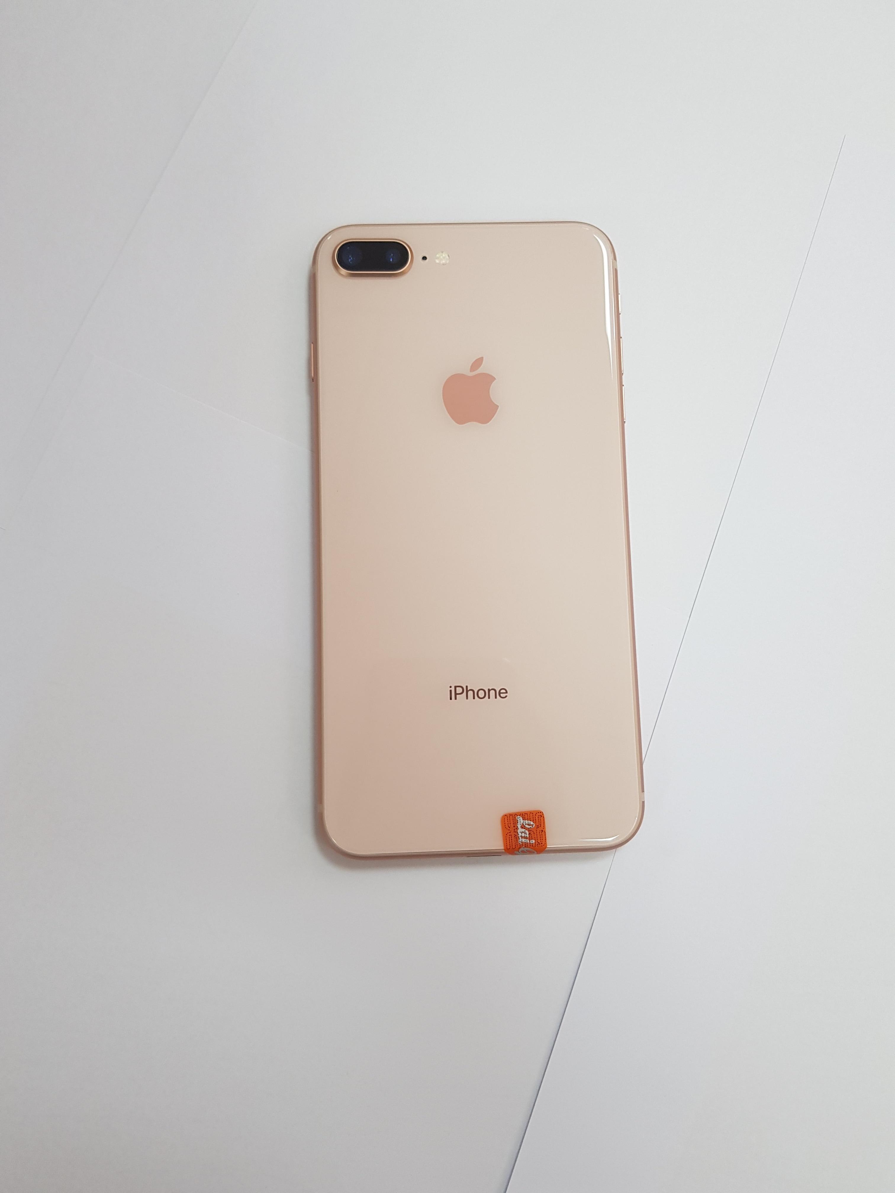 Original Unlocked Apple iPhone 8 Plus LTE Mobile Phone 3GB RAM Hexa Core 12.0MP 5.5