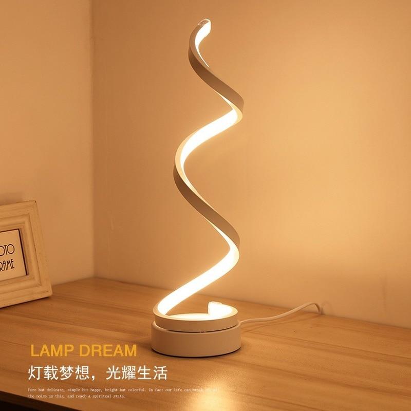Lámparas de muebles de exportación lámpara de mesa LED acrílica simple protección ocular pequeña lámpara de mesa Luz de noche junto a la cama LB030218