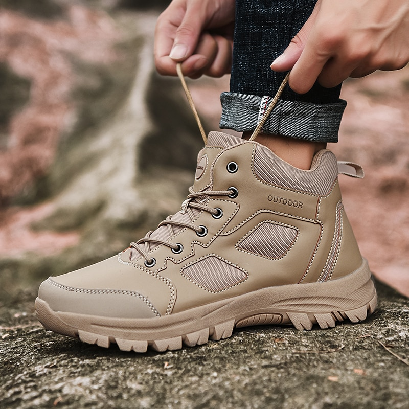 2020 New Brand Spring Fashion Outdoors Sneakers Breathable Mens Shoes Combat Desert Casual Plus Size 39-48