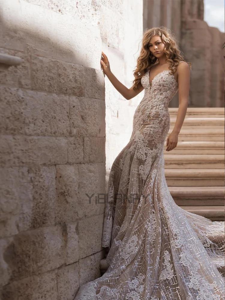 Wedding dress Mermaid wedding dress luxury retro champagne v-neck applique decoration wedding gown big skirt
