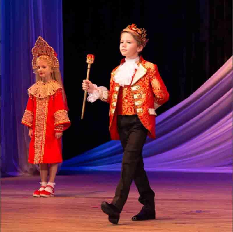 Kids Boys Suits Costume Fantasia Children`s Halloween Carnival Cosplay Jakcet+Vest+Pants New Year For