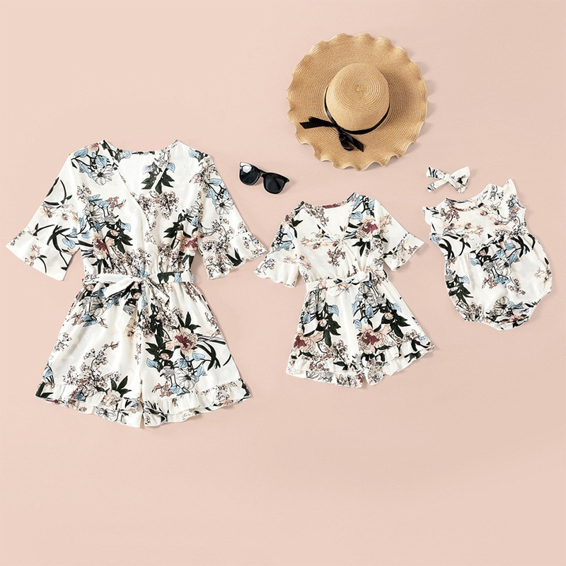 2021 Summer Mommy and Me Clothes Family Matching Jumpsuits Floral Printed V Neck Playsuits Baby Wome