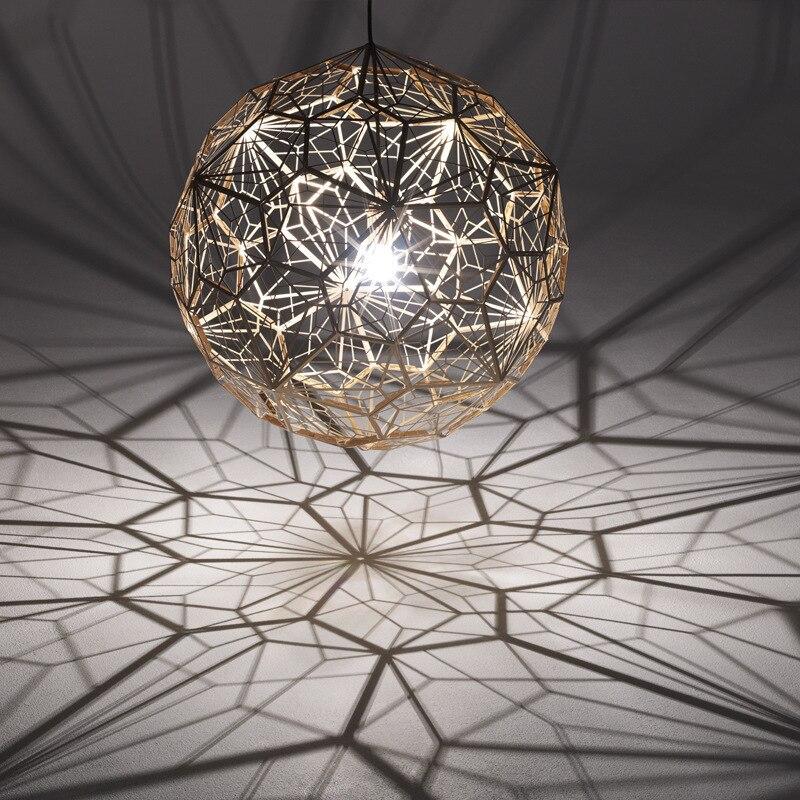 ثريا كروية متعددة السطوح من الفولاذ المقاوم للصدأ, تصميم هندسي حديث وبسيط ، شبك معدني