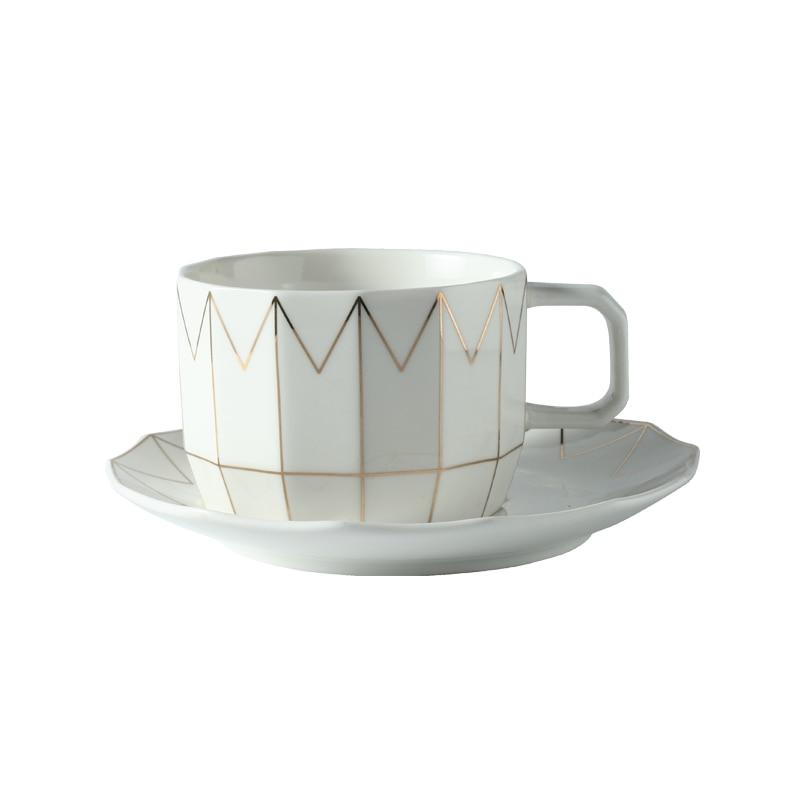 Taza de café de China Bone, Taza de té de cerámica nórdica británica Royally, juego de cucharas y platillos, Taza de café Espresso de porcelana creativa, EE50BD