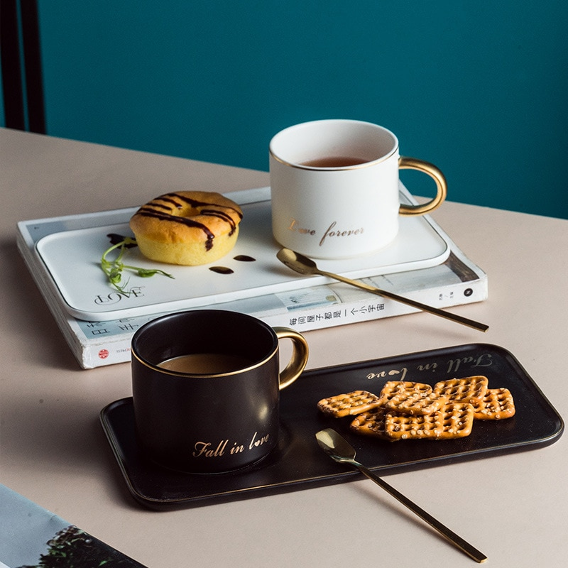 3pcs/ Set European Ceramic Tea Set  English Afternoon Tea cup Set Practical couple Mug Dishes Dessert Plate Coffee cup set Gift