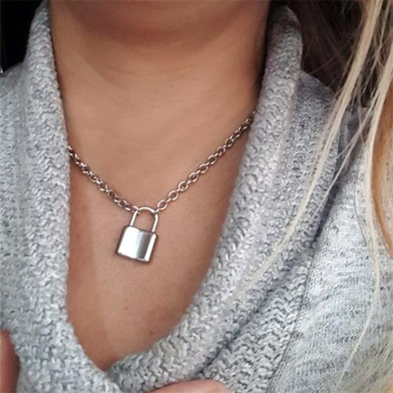 2020 mujeres aleación simple bloqueo forma cadena gargantilla colgante collar temperamento exquisito candado oro plata Collar para Grils