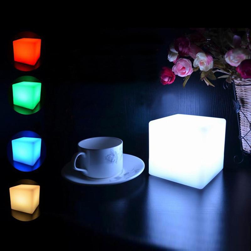 10cm télécommande Led nuit Lightdjustable Cube 16 RGB 4 couleurs changeantes Modes lampe pour chambre lampe de chevet