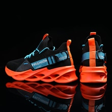 Sneakers Men Mesh Breathable Running Sneakers Outdoor Men Lightweight Soft Thick-Soled Hole Basketba