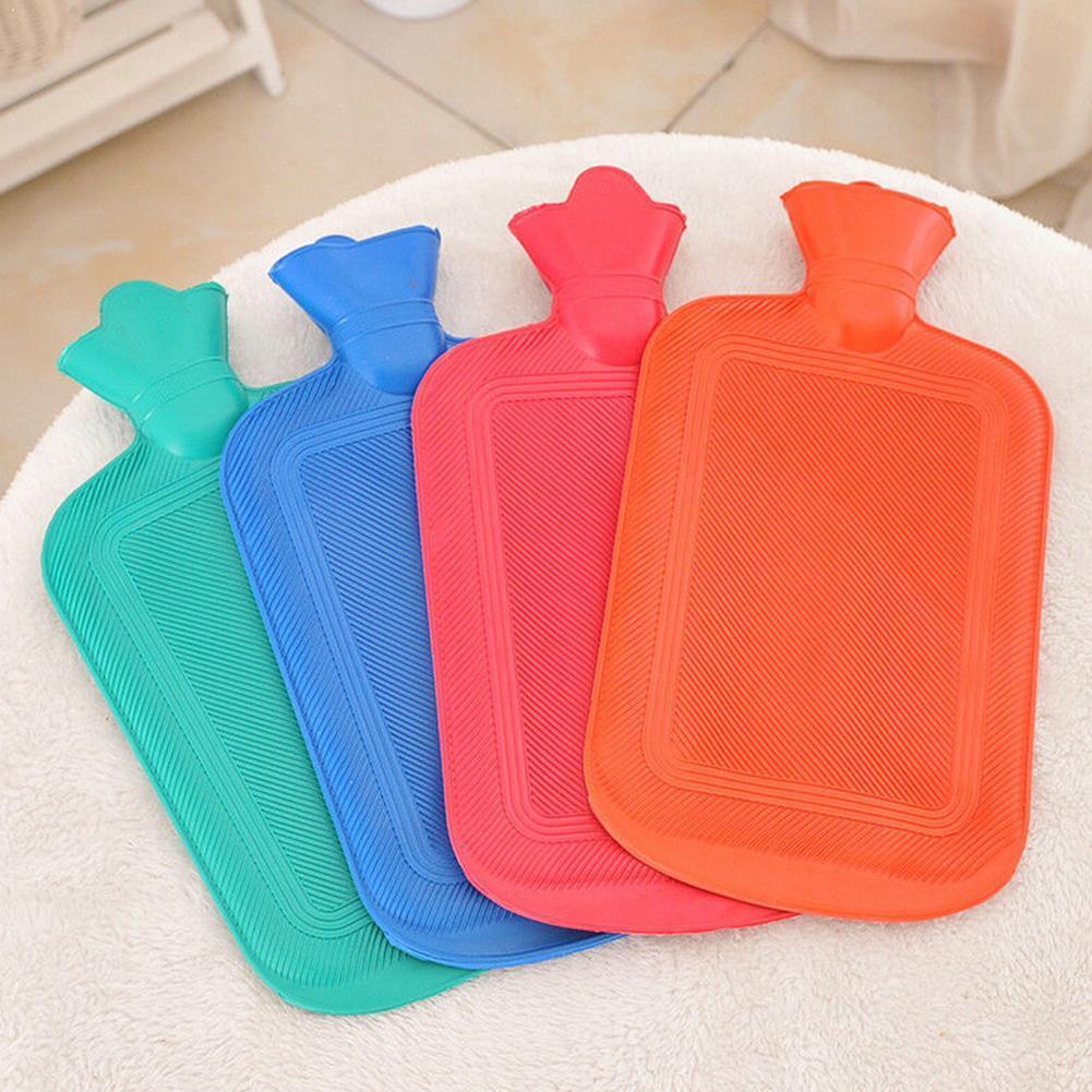 1pc cor aleatória garrafa de água quente de borracha 500/1000ml aquecimento parafuso garrafa de água injeção de água clássico inverno anti-sca y3d8