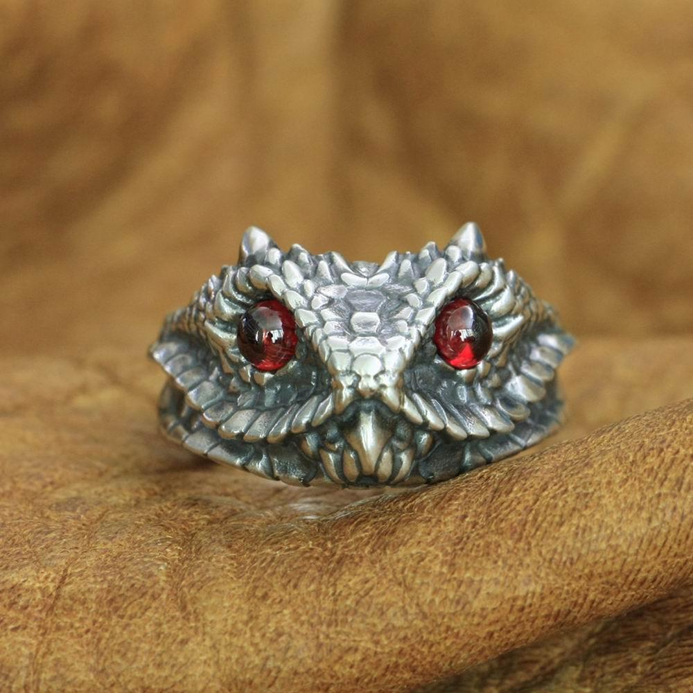 خاتم راكب الدراجة النارية من الفضة الإسترليني عيار 925 بتصميم ثعبان ، عيون حمراء ، للرجال ، مقاس أمريكي من 7 إلى 15
