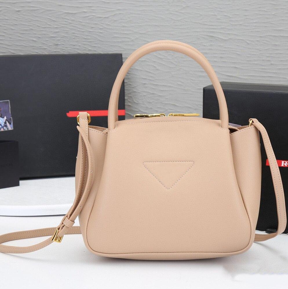 2021P موضة جديدة لينة حقيقية جلد طبيعي المرأة حقيبة يد السيدات Crossbody حقائب كتف دلو حقيبة تسوق عالية الجودة
