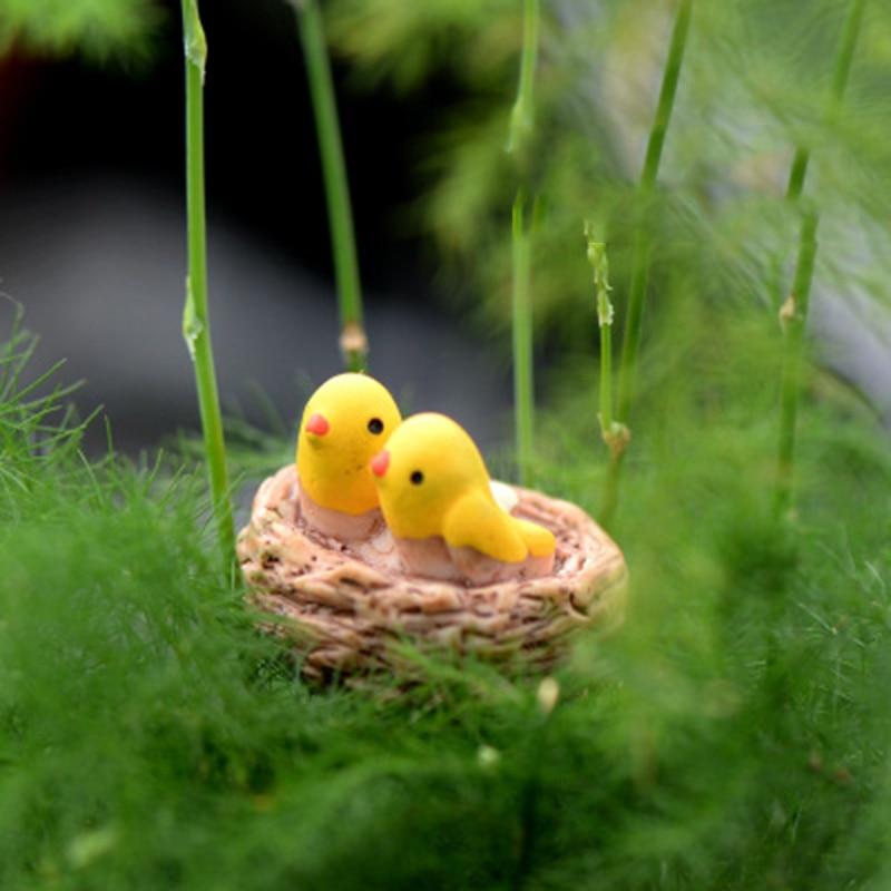 ZOCDOU 1 Piece 2cm Small Bird Nest Roost Oriole Figurine Statue Crafts Ornament Girl Collection Home Japan Cartoon Anime Decor