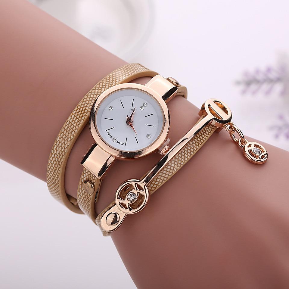 Reloj de pulsera con correa de Metal para mujer, reloj de cuarzo, reloj de mujer, relojes de moda para mujer 2020