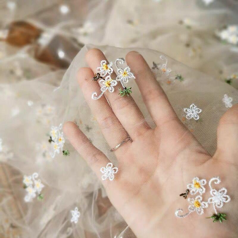 1 yarda exquisita flor bordada tul flor tela de malla Niñas Ropa mujeres vestido DIY material fiesta en casa Decoración