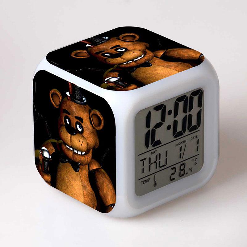 Modelo FNA cinco noches en freddy Anime figura de reloj con alarma luz de flash LED de colores freddy oso de peluche Juguetes