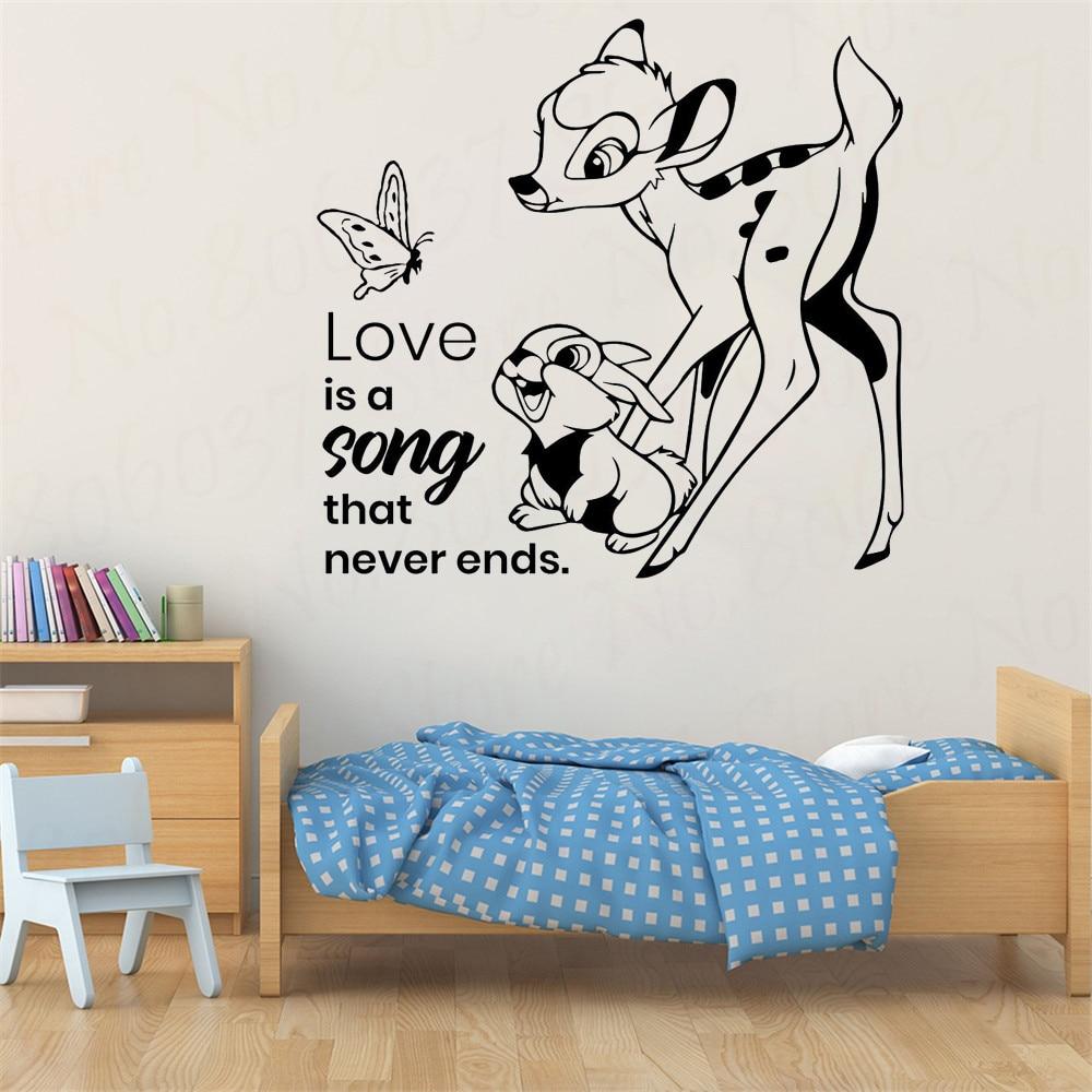Adhesivo de pared de dibujos animados de Bambi con cita de vida mariposa conejo niños dormitorio cuarto de niños decoración de puerta ventana Mural de vinilo adhesivo WL1383