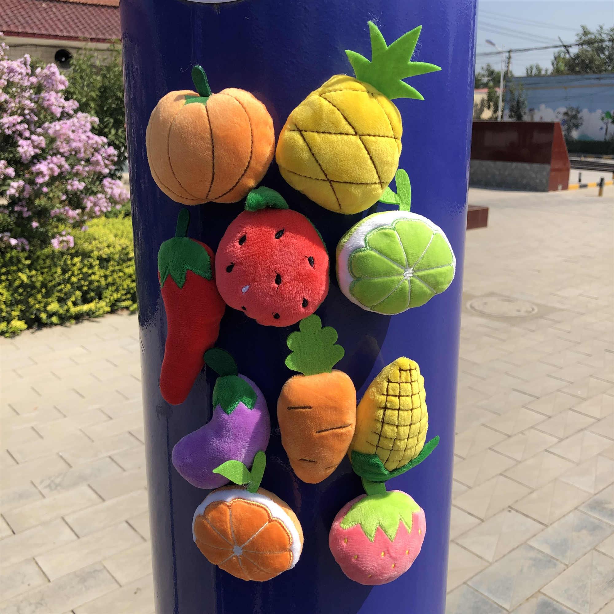 1 PCS Cartoon Soft Fridge Magnets Home Plush toys Decoration Food Sticker Fruits Paster Lovely Kids Gifts Blackboard Vegetables