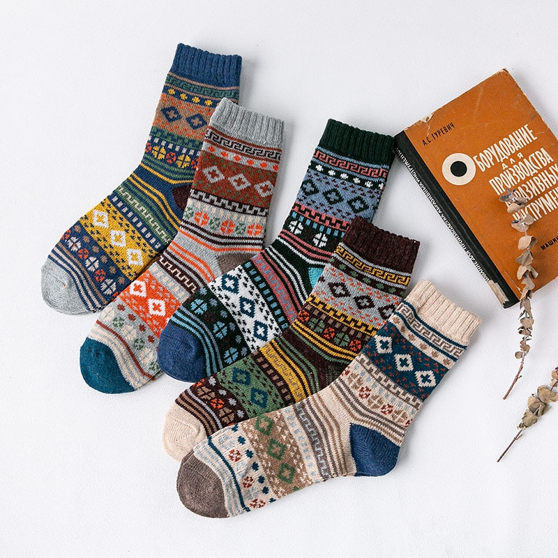 5Pairs/Lot Mens Soft Socks Striped Casual Autumn Winter Thick Wool Retro Colorful Cozy Men Knit Socks No. 6018