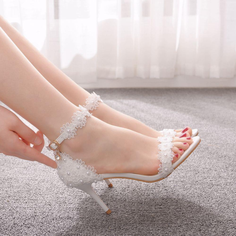 الكريستال الملكة النساء أحذية فم السمكة أحذية منصة امرأة رقيقة كعب الدانتيل الأبيض أحذية الزفاف فستان عروس مضخات مشبك مضخات