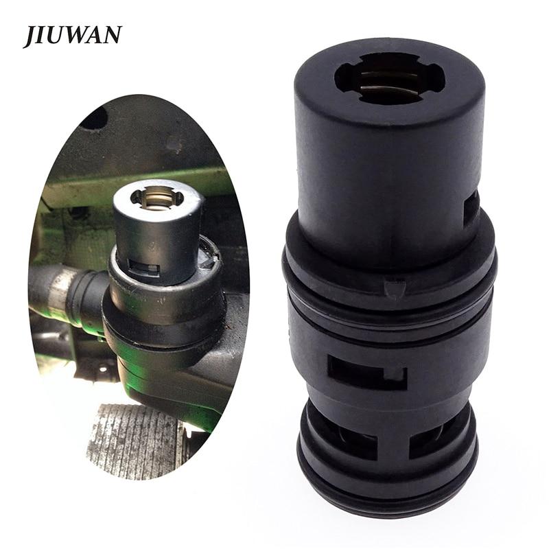 1 Uds negro de aceite de coche ventilador de enfriamiento tanque de expansión termostato accesorios para automóviles para BMW E46 E53 E83 E85 E86 X3 328I 330CI