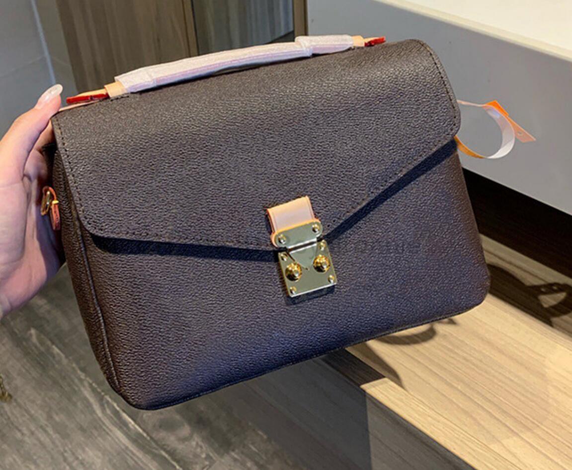 2021New حقيبة علامة تجارية شهيرة جلد طبيعي حقيبة ترفيه حقائب للنساء موضة حقائب كتف جلد البقر حقيبة كروسبودي 18