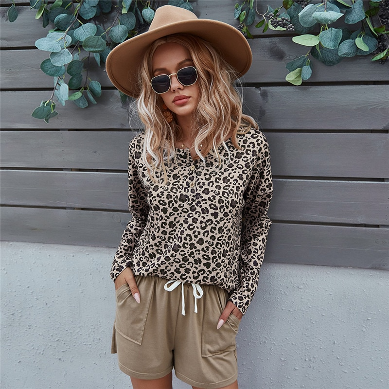 stripe shorts sets women s suit long sleeve single breasted shirts and elastic waist shorts 2021 summer thin two piece set women 2021 Spring New Leopard Set Women Short Sleeve Button Pullover Top Thin For Women Shorts Co-ords Fashion Summer Two Piece Sets