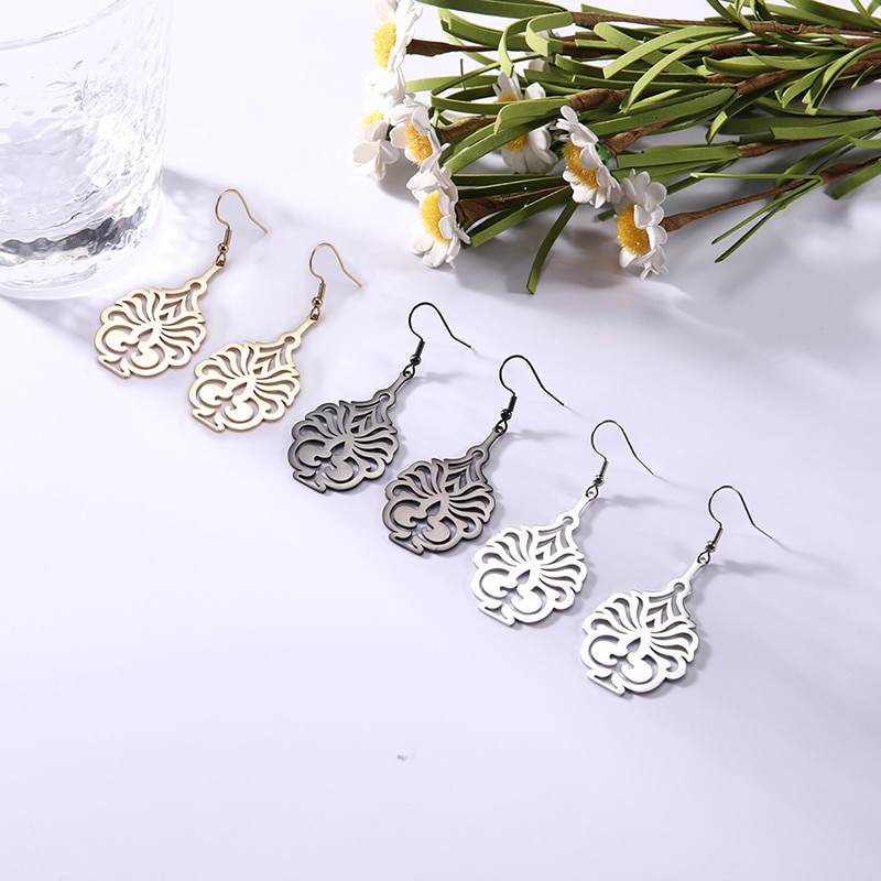 Sipuris Vintage Pattern Drop Earrings Candlelight Hollow Stainless Steel Earring For Women Fashion J