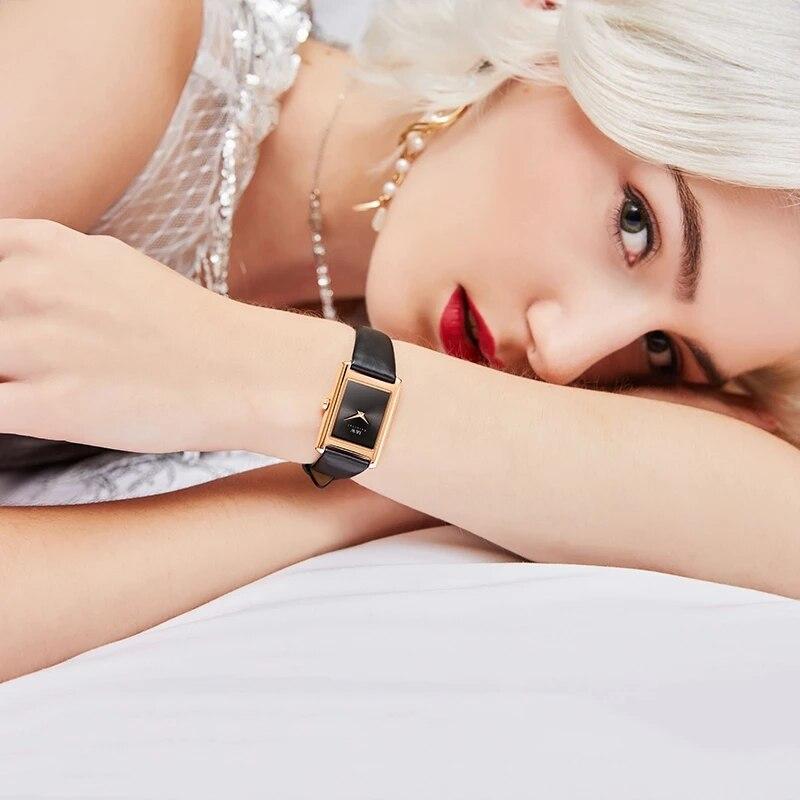 CARNIVAL Brand Ladies Fashion Rose Gold Watch Women Luxury Waterproof Sapphire Dress Bracelet Quartz Wristwatch Relogio Feminino enlarge