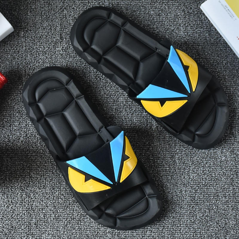 2021 extra thick sandals men's fashion outdoor slippers in summer  mens slippers  flip flops  mens shoes Cartoon slippers
