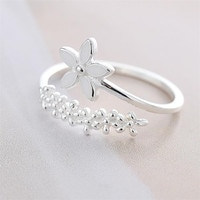 Fresh Flower Finger Ring Temperament Branch Literary Korea Fashion Female Resizable Opening Rings Party Gifts Jewelry
