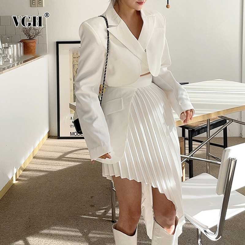 VGH بدلة بلون واحد للنساء معطف مربوط برباط مرتفع الخصر تنورات غير متماثلة مكشكشة بدلة نسائية موضة 2021 ملابس جديدة